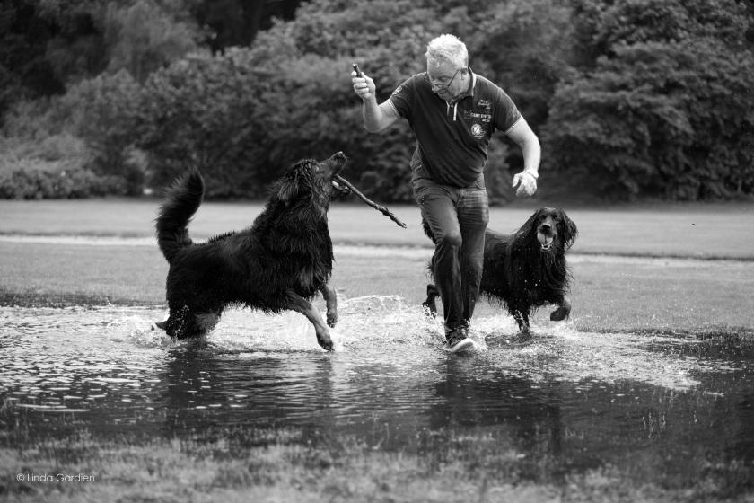 ruud-met-honden-(voor-magazine)-zw-w-(_S4B7631)